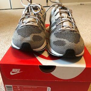 ec4b02fdb3eb Nike Shoes - Sz 9.5 Nike Flyknit Trainer